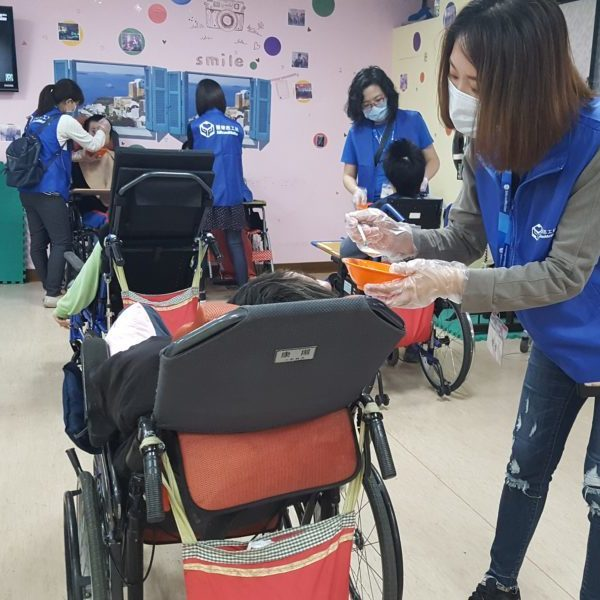 Donation to Shih Guang and afternoon tea