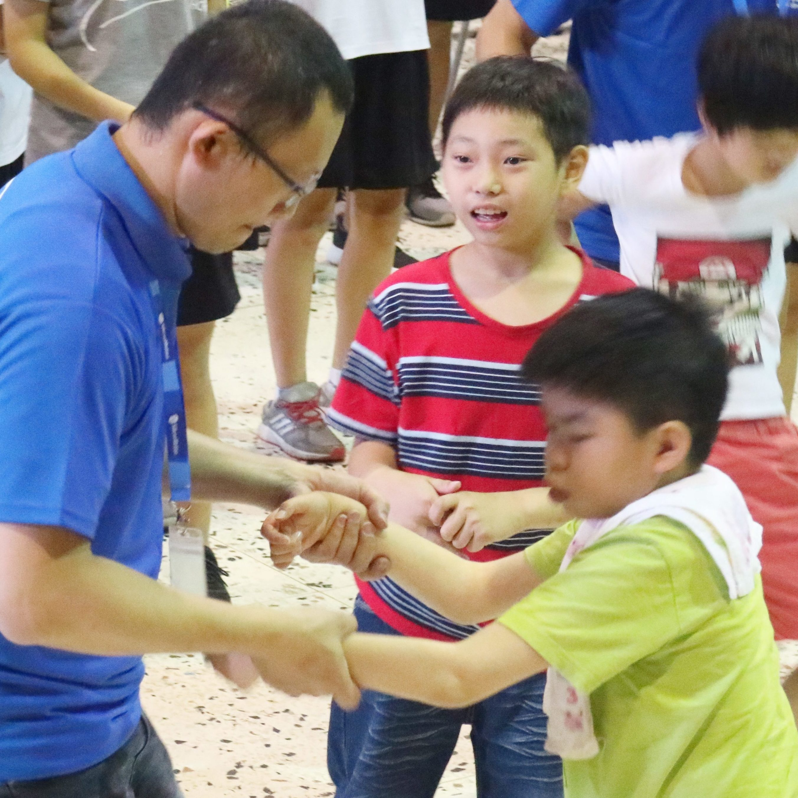 Students of Hsinchu Senior High School Played Interaction Game with Those from Syin-Lu Social Welfare Foundation